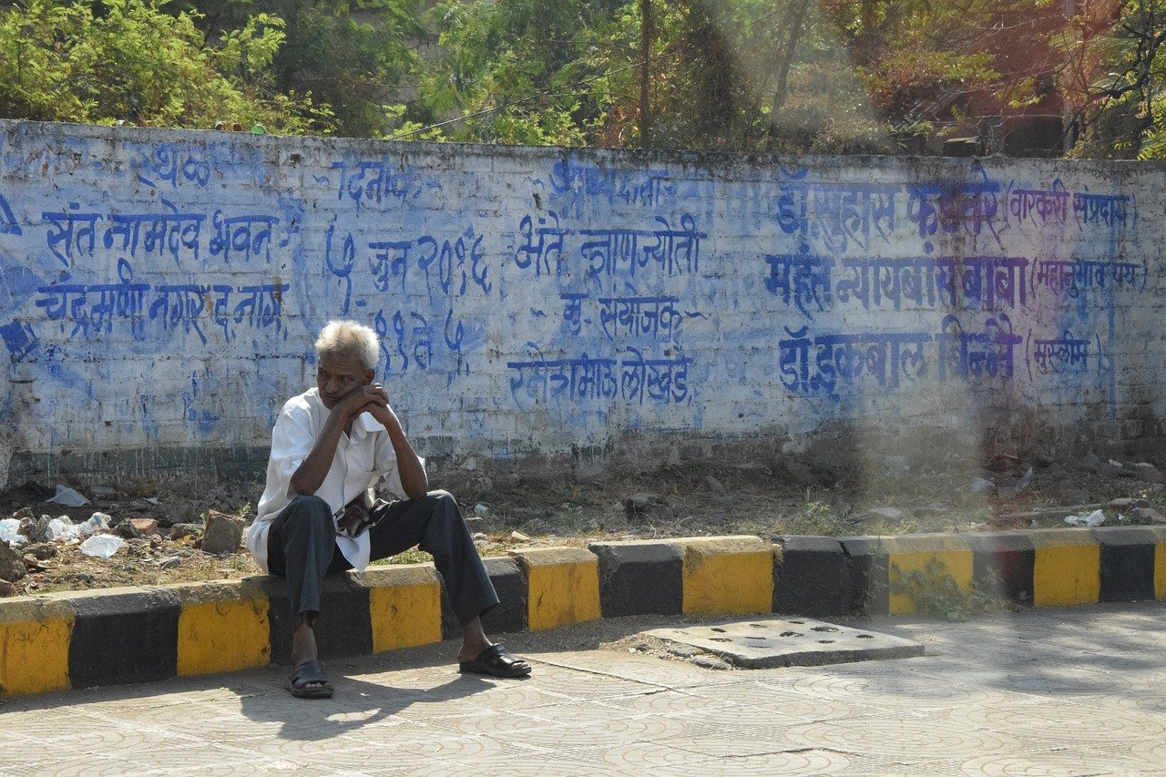 footpath old people in indore