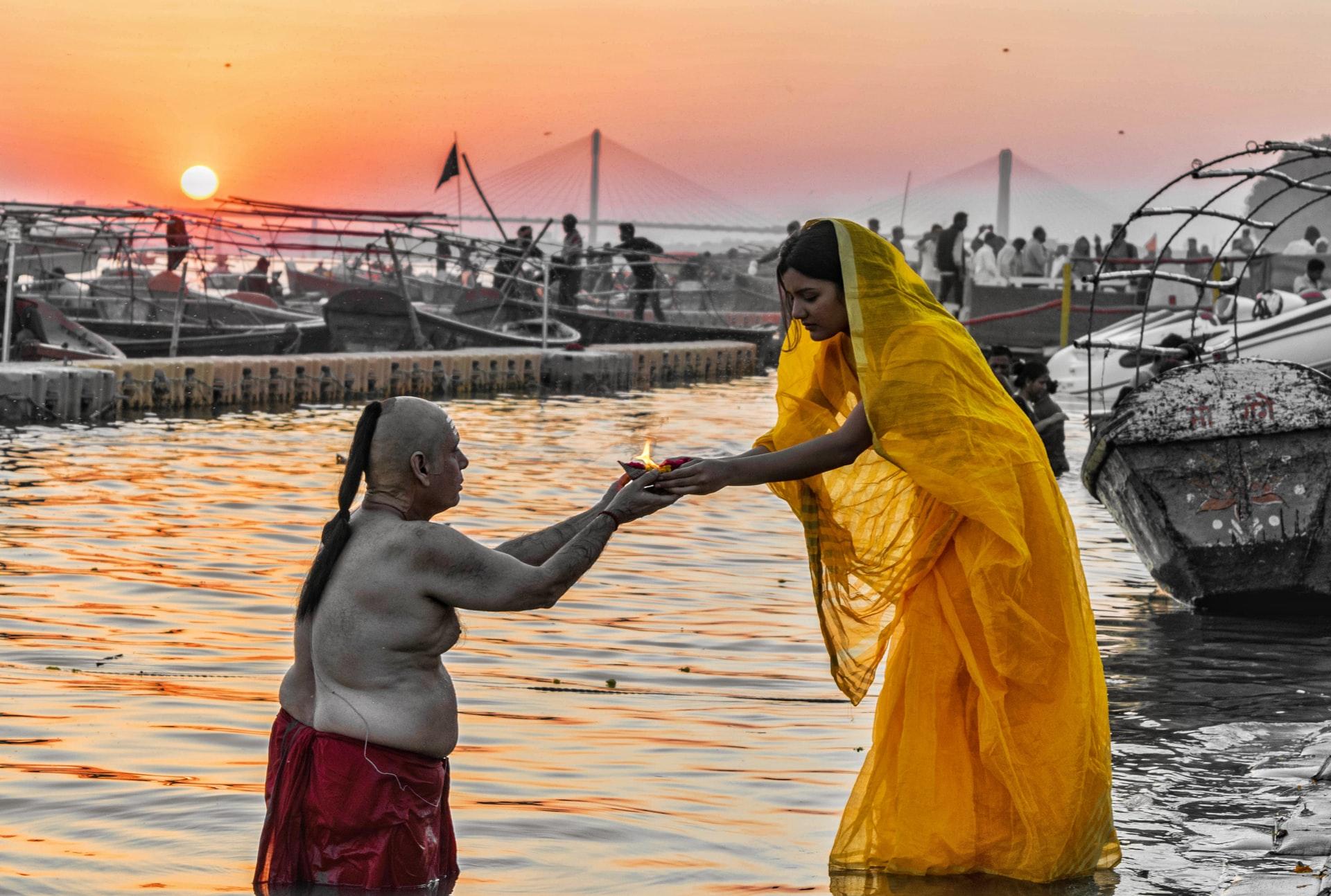 sari dhoti and hindu dharma