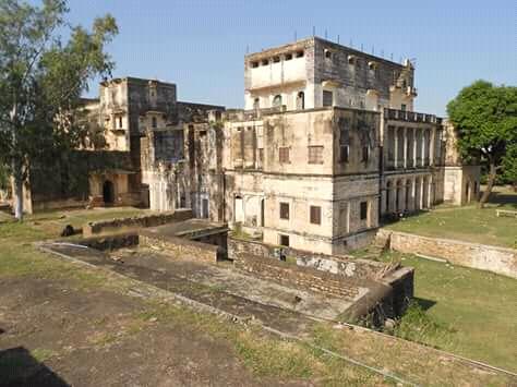 pawangarh fort