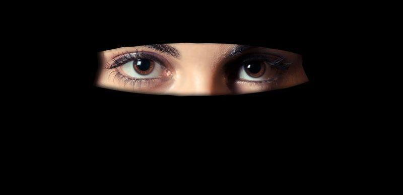 ग्राम प्रधान के रूप में काम कर रही पाकिस्तानी महिला की हो रही जांच