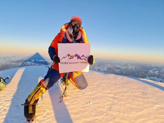 नेपाली पर्वतारोहियों ने सर्दियों में पर्वत शिखर K2 पर पहुंचकर रचा इतिहास