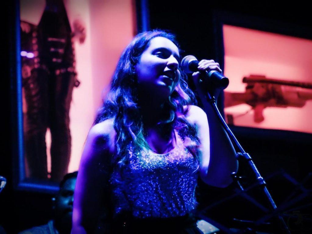 म्यूजिक इंडस्ट्री में नेपोटिज्म की एक और गवाह बनीं 'श्रेया शर्मा'
