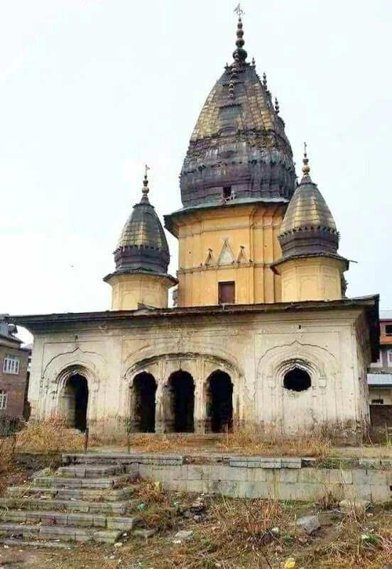 कश्मीर में मंदिरों के जीर्णोद्धार का काम जल्द होगा पूरा